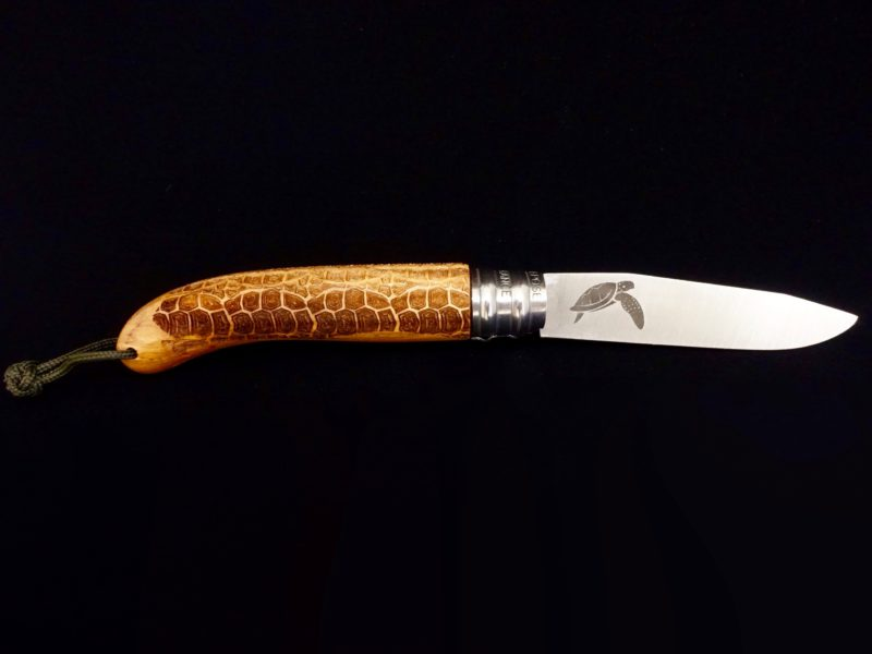 Couteau Verdier L'Alpage Tortue en bois d'Olivier